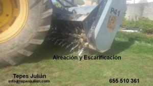 Aireación y escarificación del césped natural